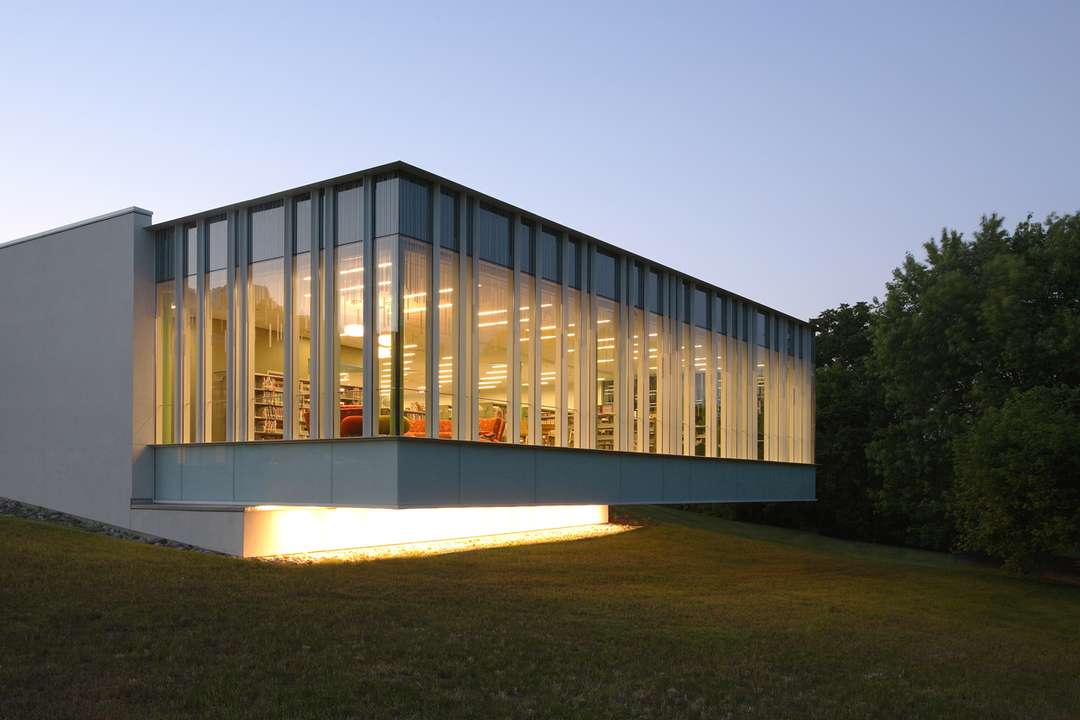 glass pavilion library in the woods regular new. Black Bedroom Furniture Sets. Home Design Ideas
